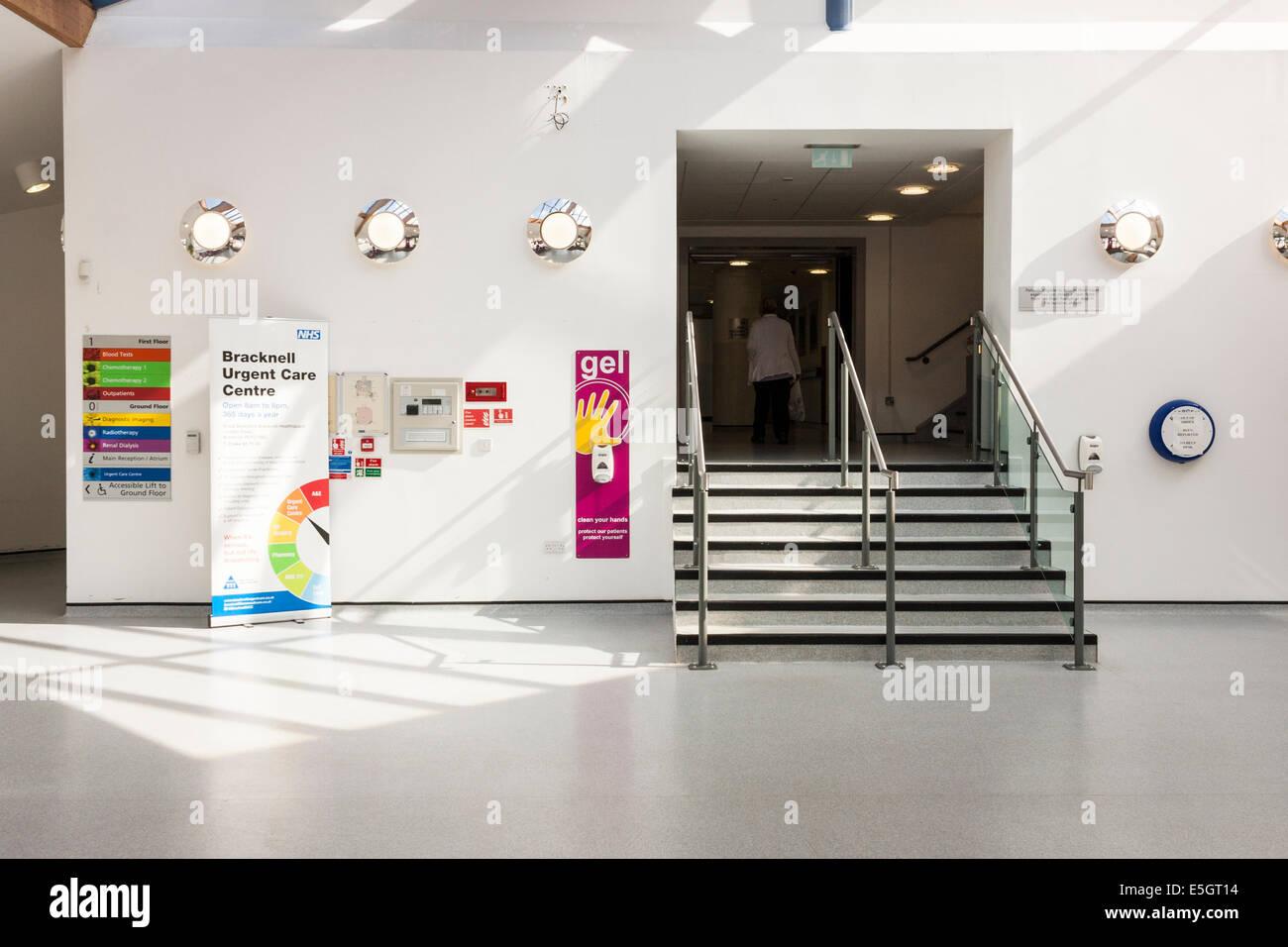 Entrance to NHS Urgent Care Centre, Bracknell, Berkshire, England, GB, UK. - Stock Image