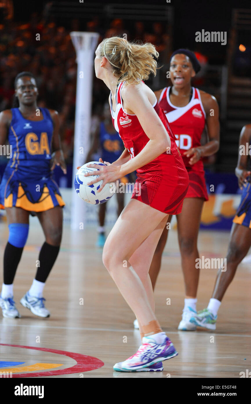 Glasgow, Scotland, UK. 30th July, 2014. Joanne Harten (ENG) with the ball during the England V Barbados netball - Stock Image