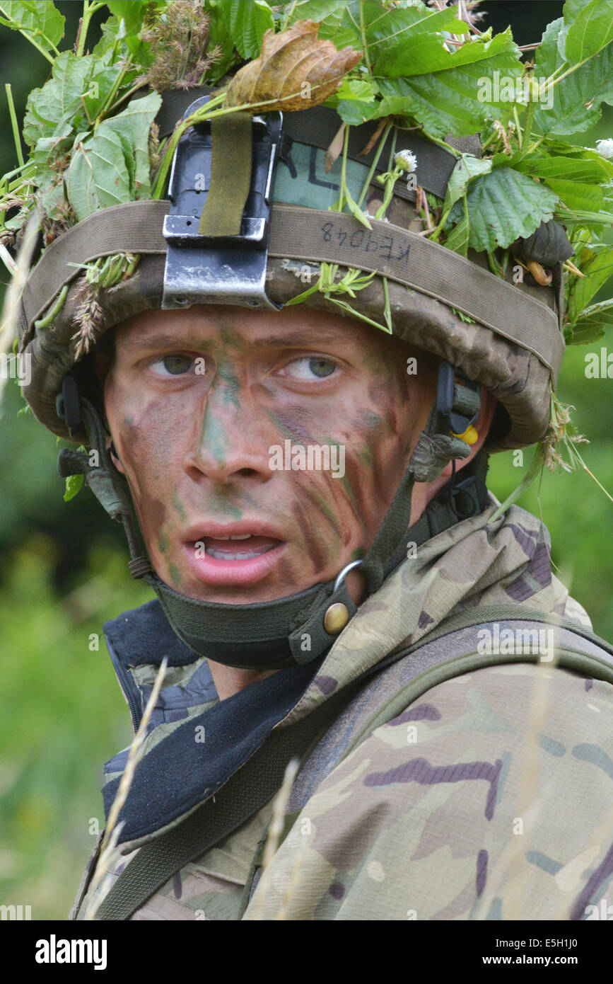 A British Army Royal Military Academy Sandhurst cadet participates in a leadership development training at the 7th Stock Photo
