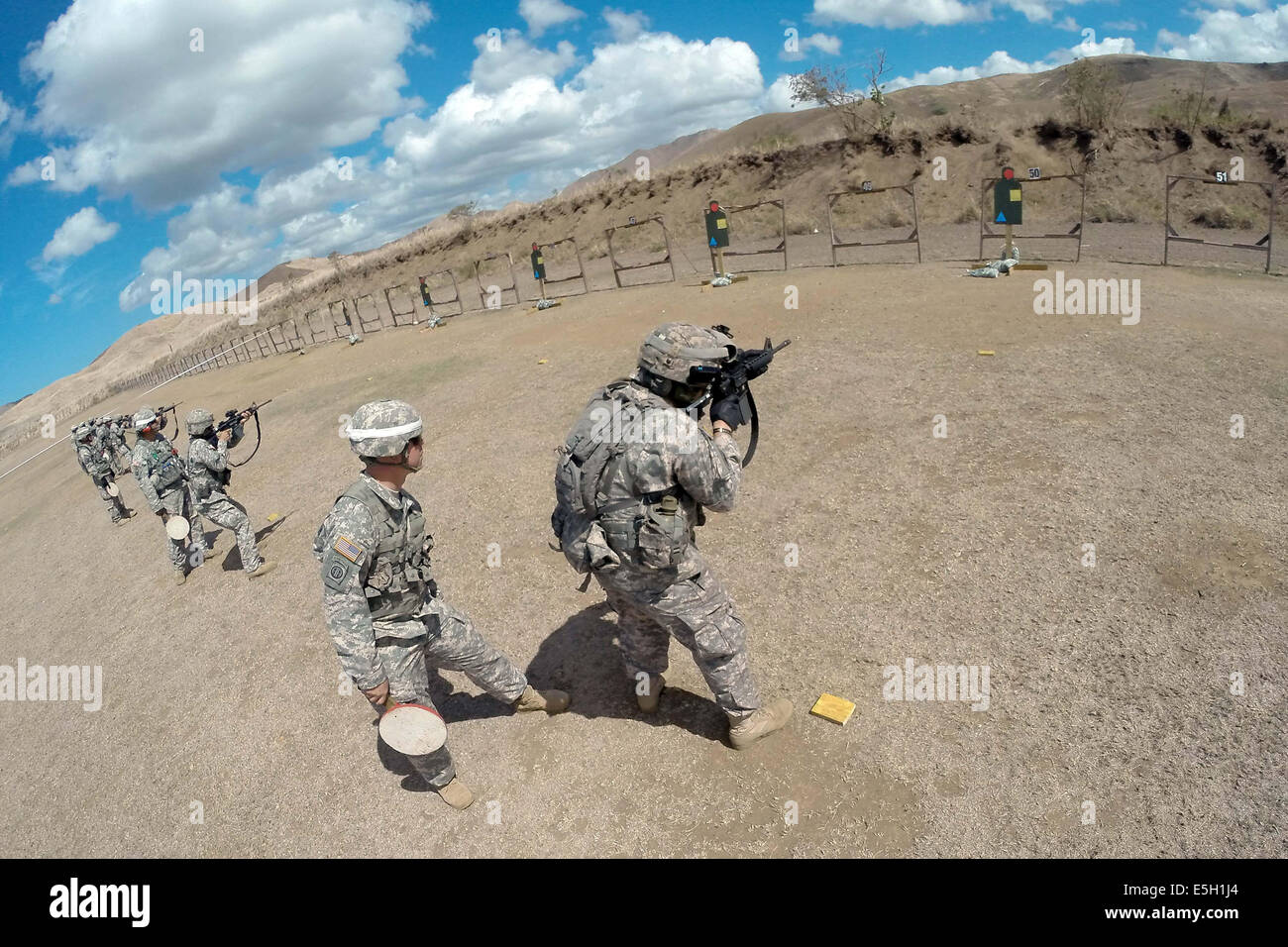 US Soldiers Assigned To The 1st Battalion 65th Infantry Regiment 92nd Maneuver Enhancement Brigade Puerto Rico Army Nation