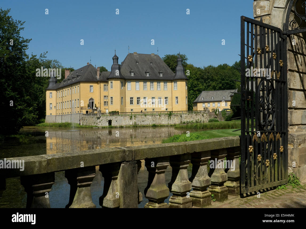 Schloss Dyck near Monchengladbach Germany - Stock Image