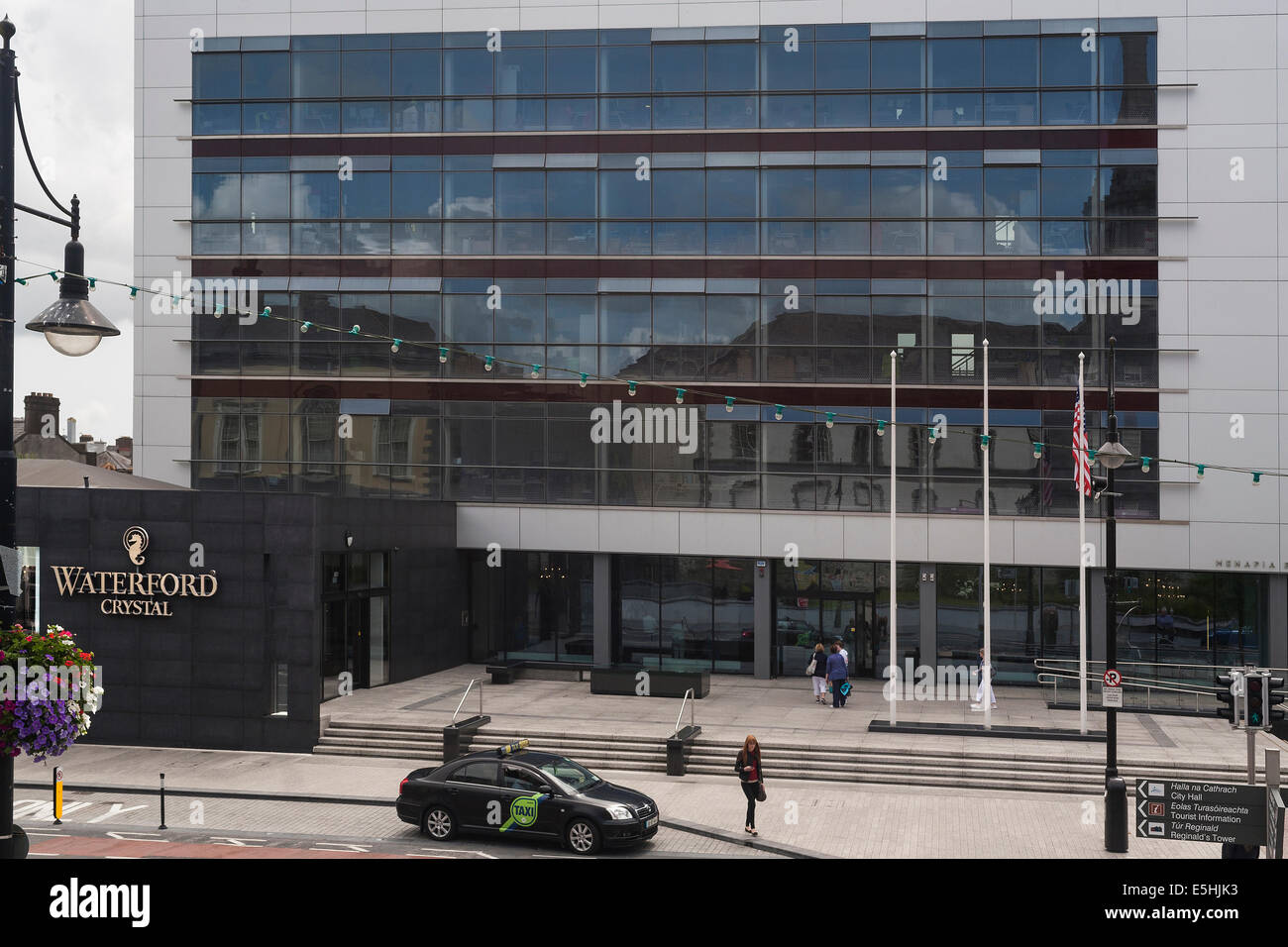 Ireland, Waterford, Waterford Crystal building - Stock Image