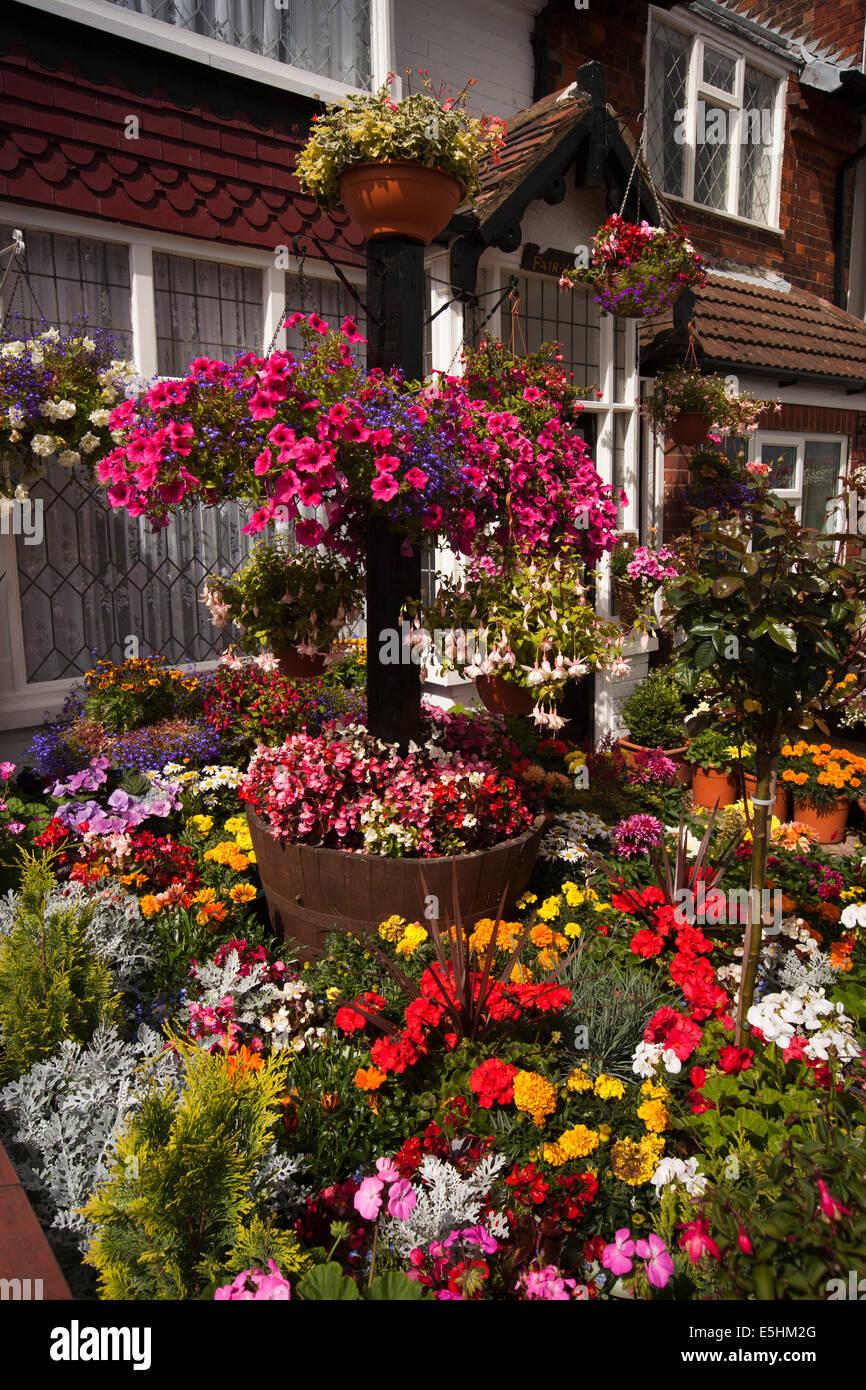 Visitor Open Garden Stock Photos & Visitor Open Garden Stock Images ...