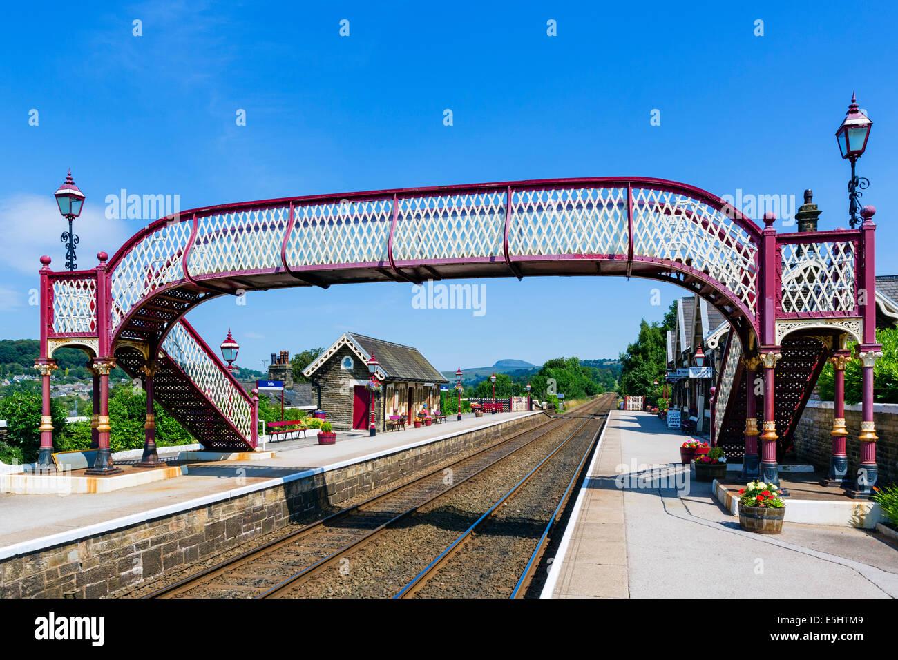 Settle Railway Station, start of the Settle-Carlisle Railway, North Yorkshire, UK - Stock Image