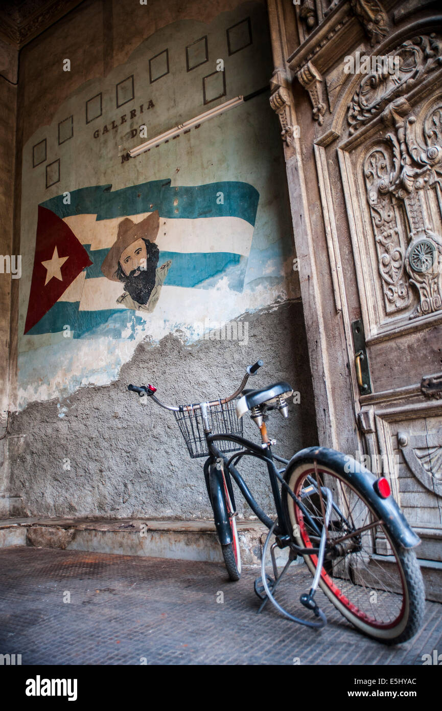 A bicycle at the entrance of La Guarida Restaurant in Havana Cuba where the famous movie 'Strawberries and Chocolate' - Stock Image