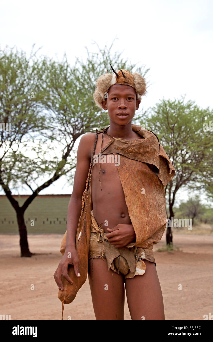 San  bushman in traditional dress, Ghanzi, Botswana, Africa Stock Photo
