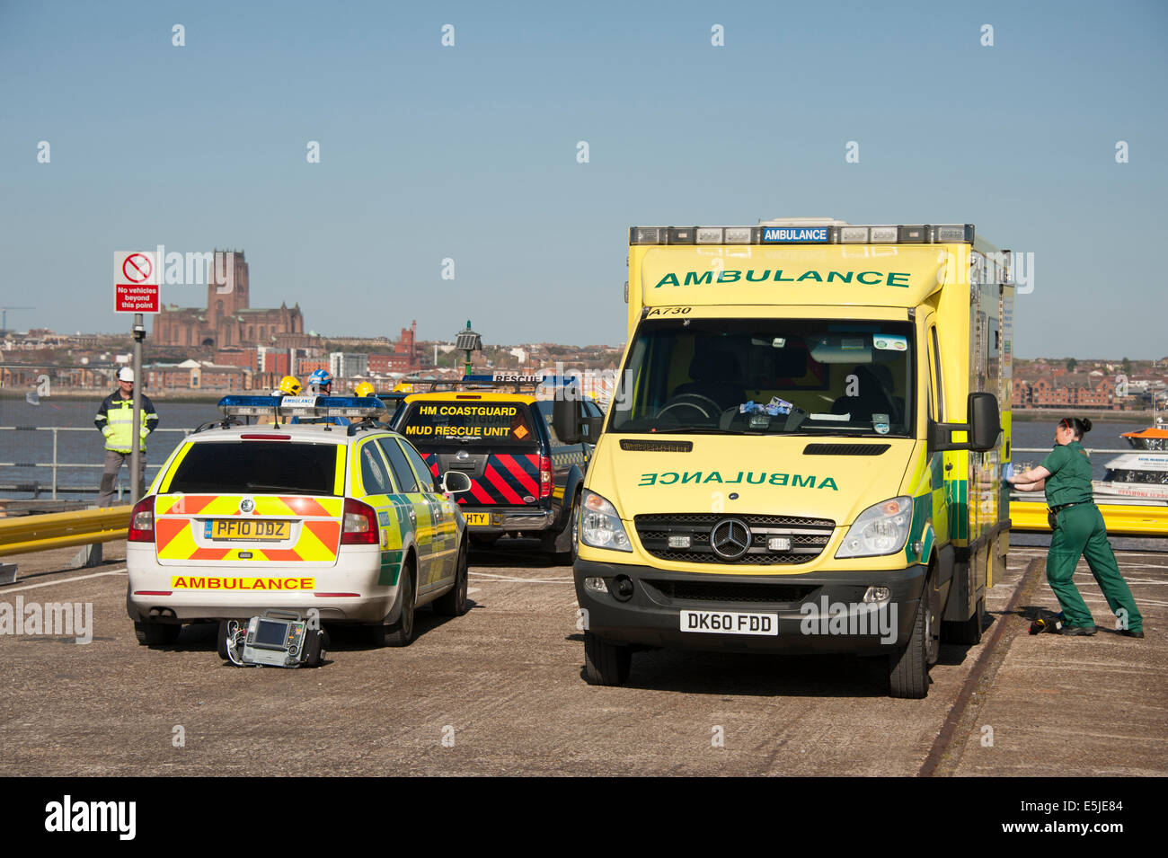 Ambulance RRV Paramedic Fast Response Car Water - Stock Image
