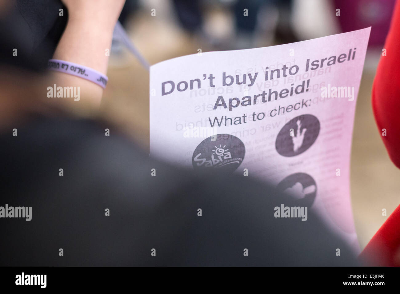 London, UK. 2nd Aug, 2014. Protest against Israeli food products sold in Sainsbury's supermarket Credit:  Guy Corbishley/Alamy - Stock Image