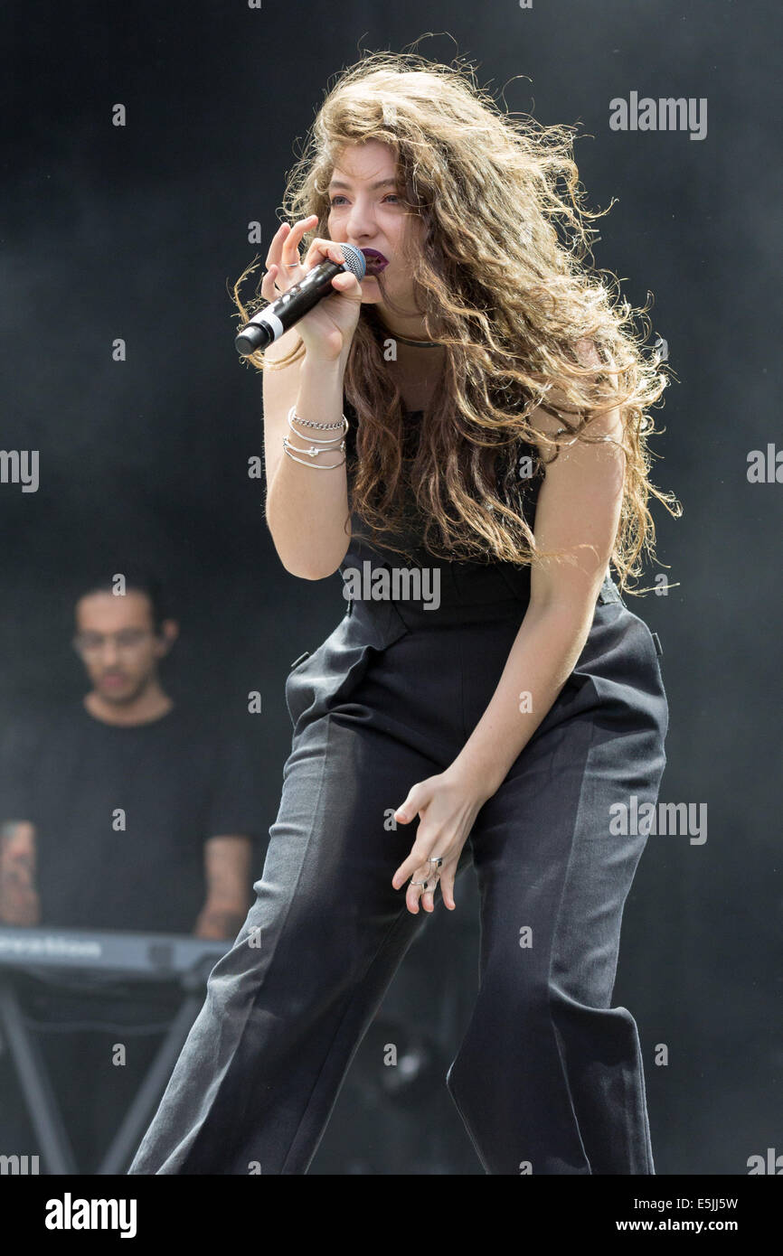 Chicago, Illinois, USA. 1st Aug, 2014. Vocalist LORDE performs live at the 2014 Lollapalooza Music Festival in Chicago, - Stock Image