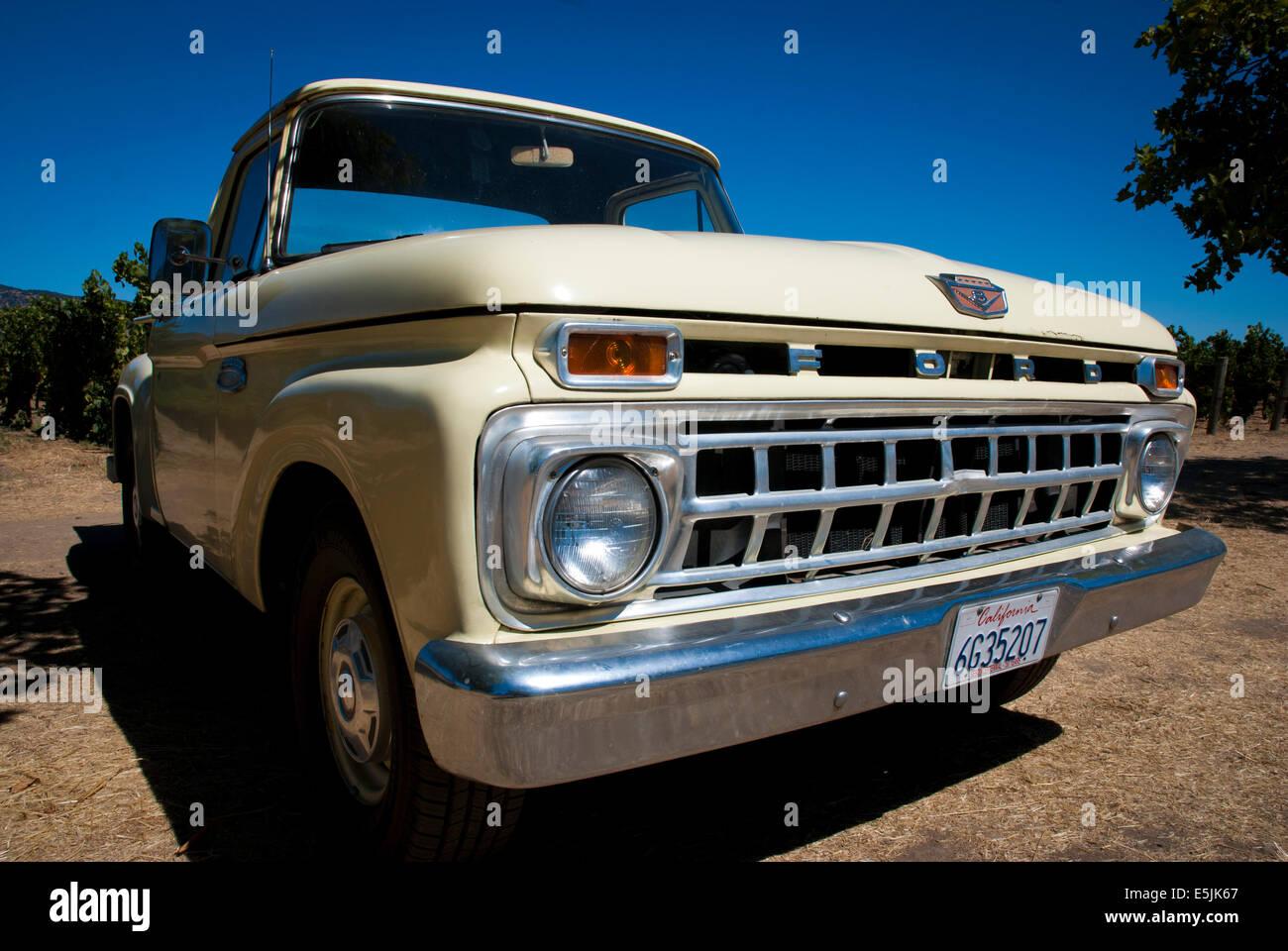 Ford F100 Pickup Truck Stock Photos 1955 Pick Up Napa Valley California Usa Image