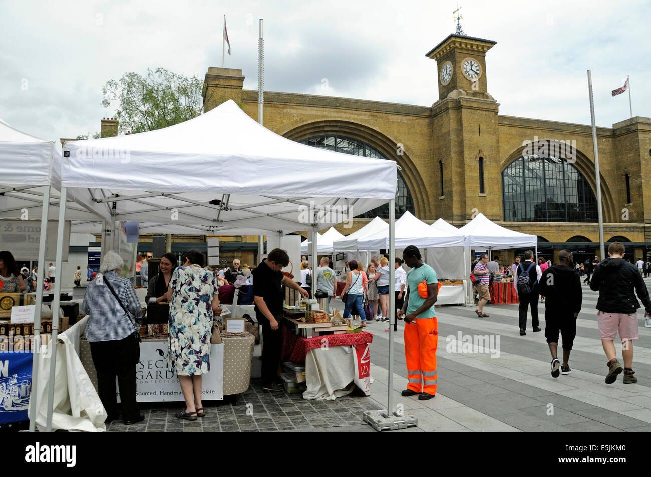 Kings Cross Real Food Market, Kings Cross Station Square, London England Britain UK - Stock Image