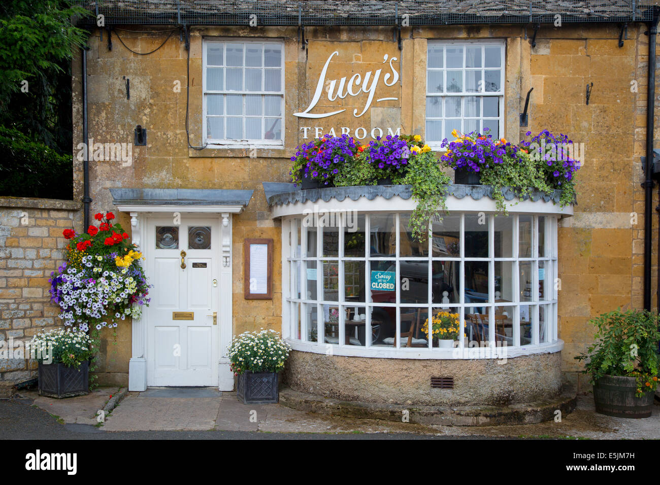 Lucy's Tearoom in Stow-on-the-Wold, the Cotswolds, Gloucestershire, England Stock Photo