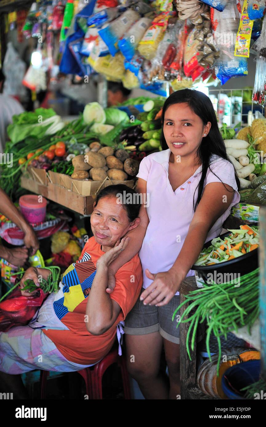 cebu-city-philippines-asian-teen-helen-mirren-sucking-cock