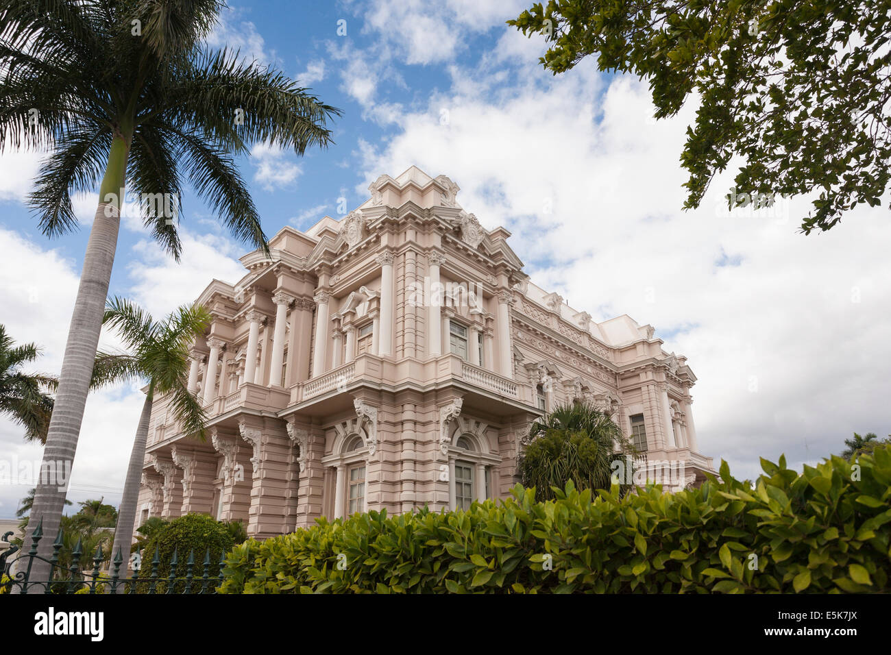 Exterior of the Regional Museum of Anthropology and History. A fine old mansion set in a beautiful garden - Stock Image