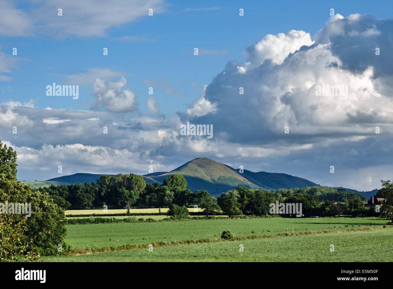 Shropshire, UK. The hill of Caer Caradoc with its Bronze Age hill fort on the summit. Said to be named for Caractacus - Stock Image