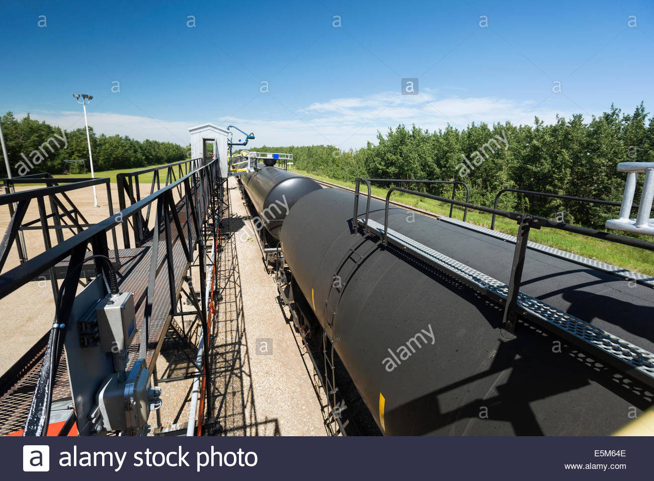 Liquid freight train transporting natural gas - Stock Image