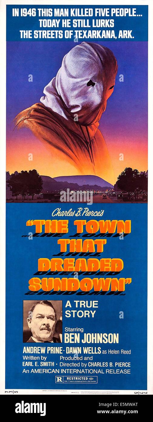 THE TOWN THAT DREADED SUNDOWN, bottom: Ben Johnson on poster art, 1977. - Stock Image