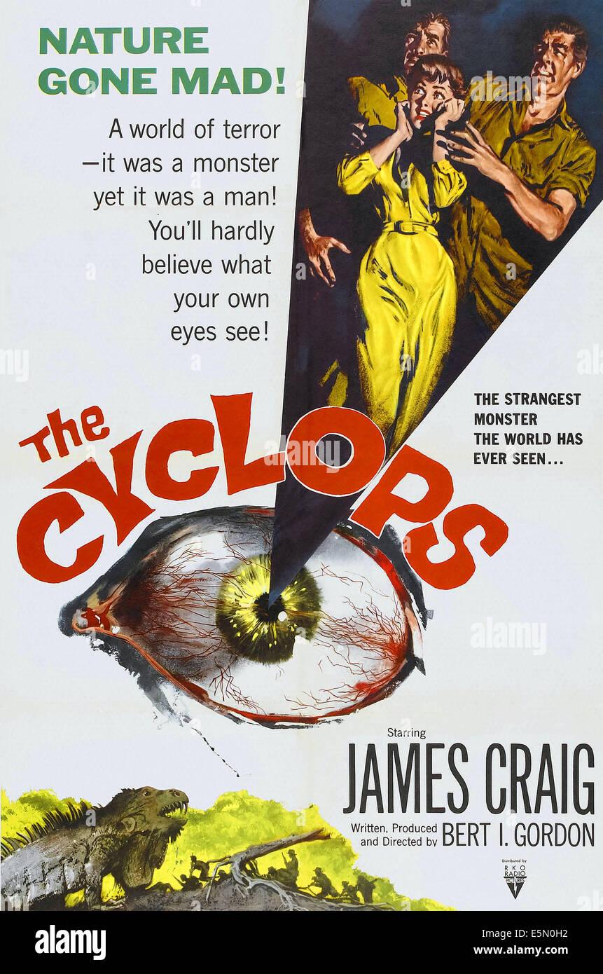 THE CYCLOPS, from left: James Craig, Gloria Talbott, Lon Chaney, Jr., 1957. - Stock Image
