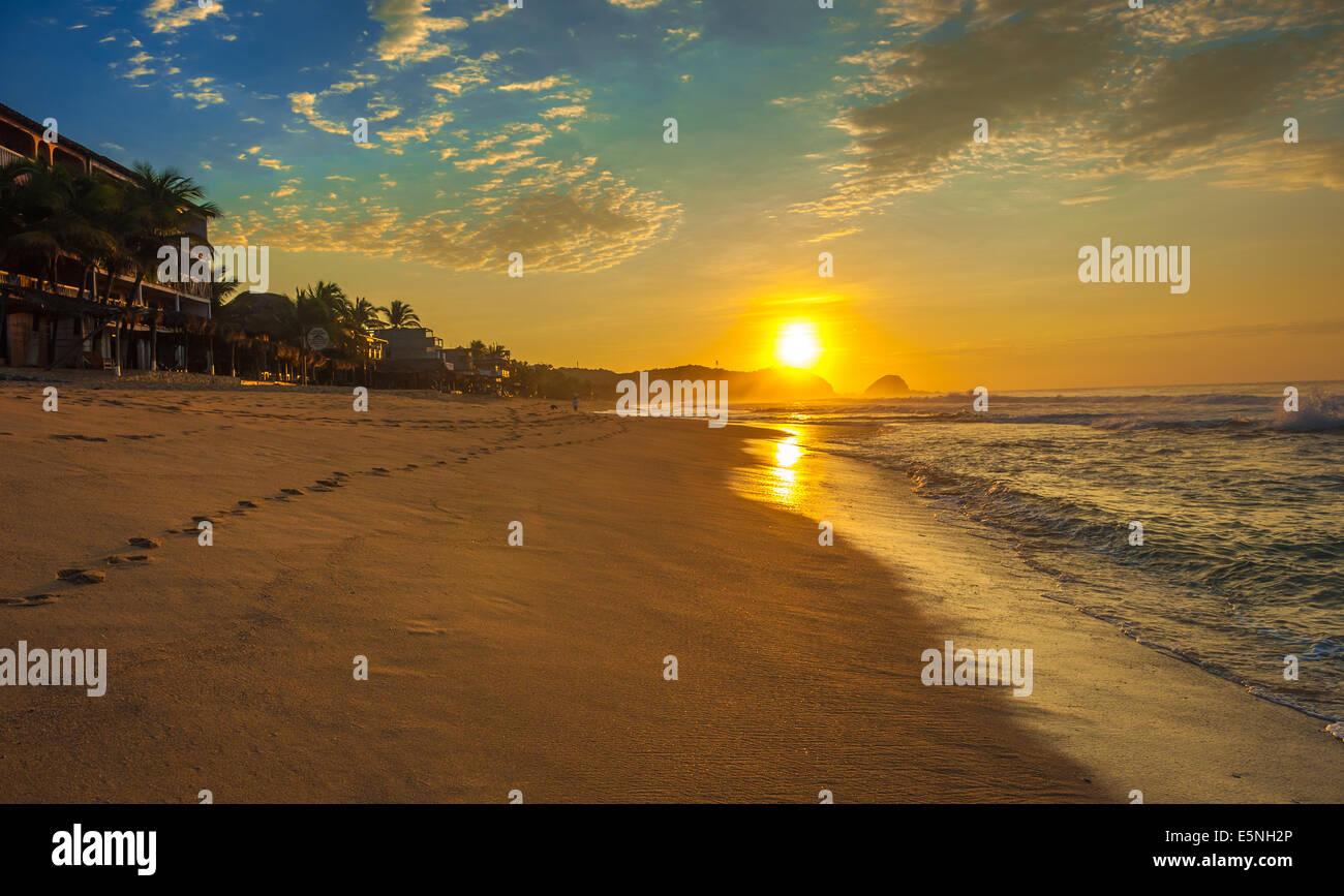Zipolite beach at sunrise, Mexico - Stock Image