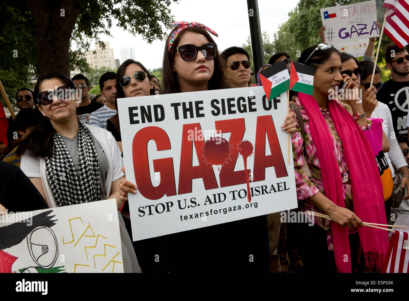 Rally at Texas Capitol protesting Israel's siege of Gaza and the U.S support and funding of Israel. - Stock Image