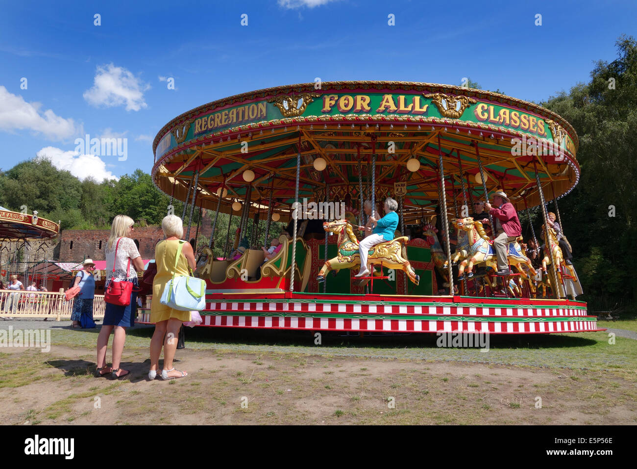 Victorian Rides Stock Photos & Victorian Rides Stock Images - Alamy