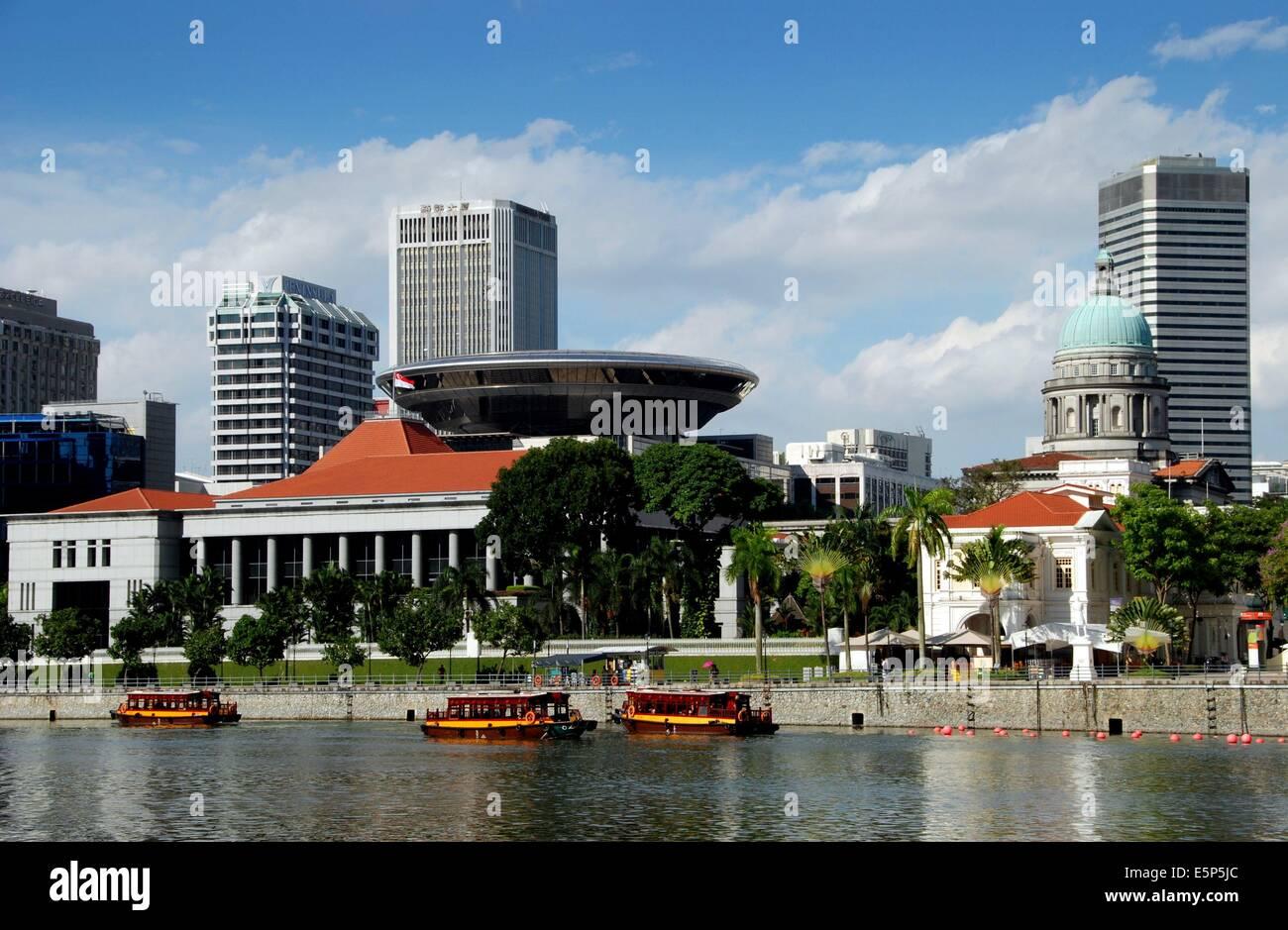 Fantastic Singapore Singapore River Touring Boats The Singapore Download Free Architecture Designs Xerocsunscenecom