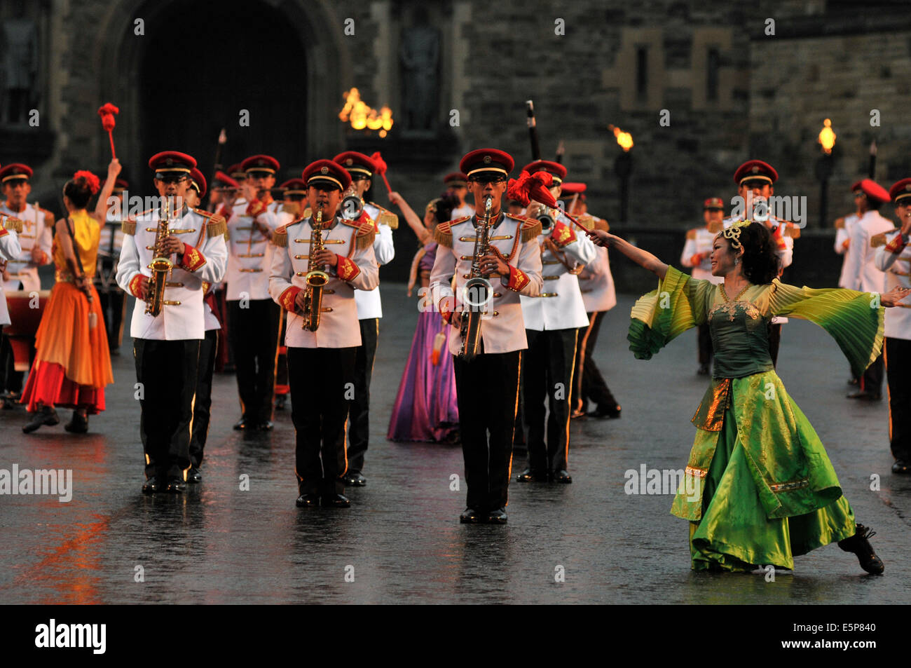 Edinburgh, Scotland, UK. 2nd August 2014. The Royal Edinburgh Military Tattoo takes place on the esplanade of the Stock Photo