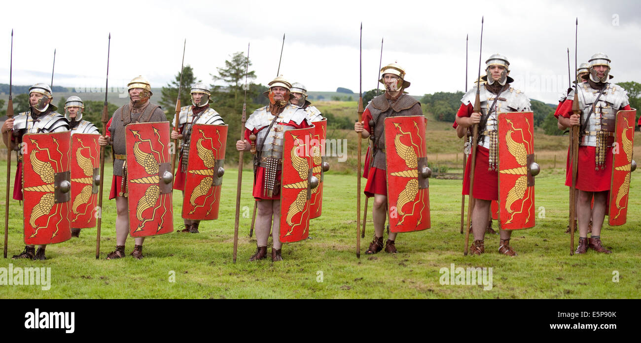 A  re-enactment  of typical Roman weapons and tactics given at the site of Vindolanda Roman Fort in Northumberland, - Stock Image