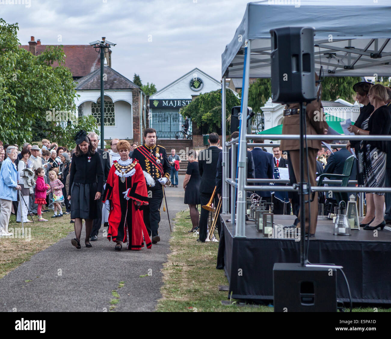 UK, London, Twickenham, Radnor Gardens, 4th August, 2014. A vigil to o commemorate the declaration of war on 4th - Stock Image