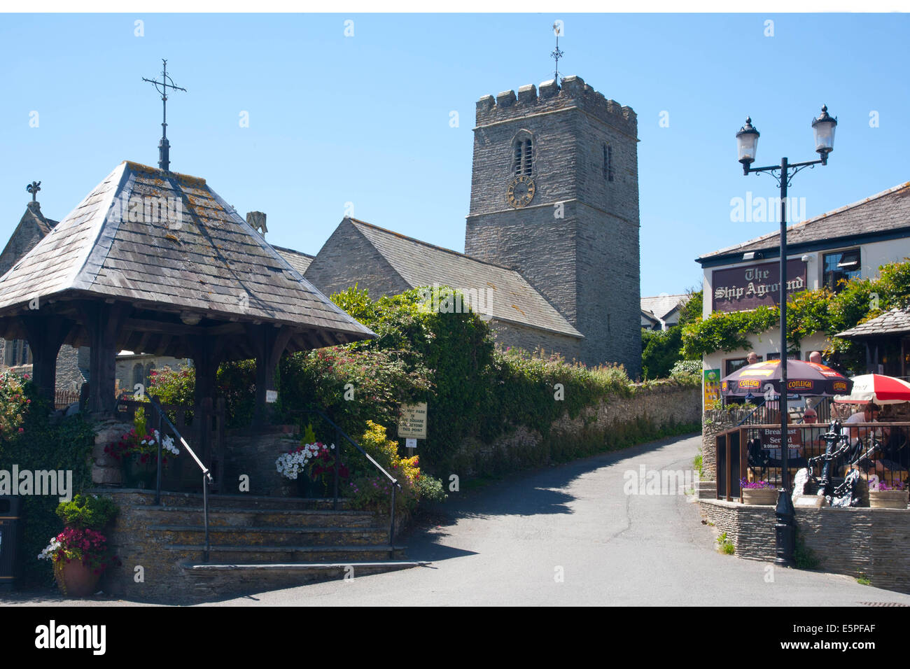 Mortehoe village, Church and The Ship Aground pub, North Devon - Stock Image