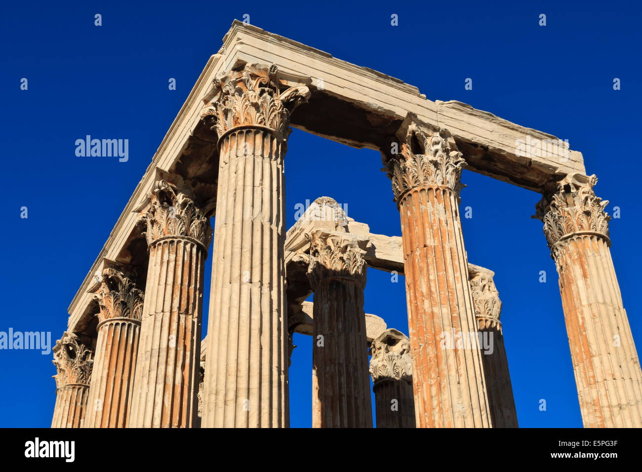 Standing Corinthian columns, early morning, Temple of Olympian Zeus, Athens, Greece, Europe - Stock Image