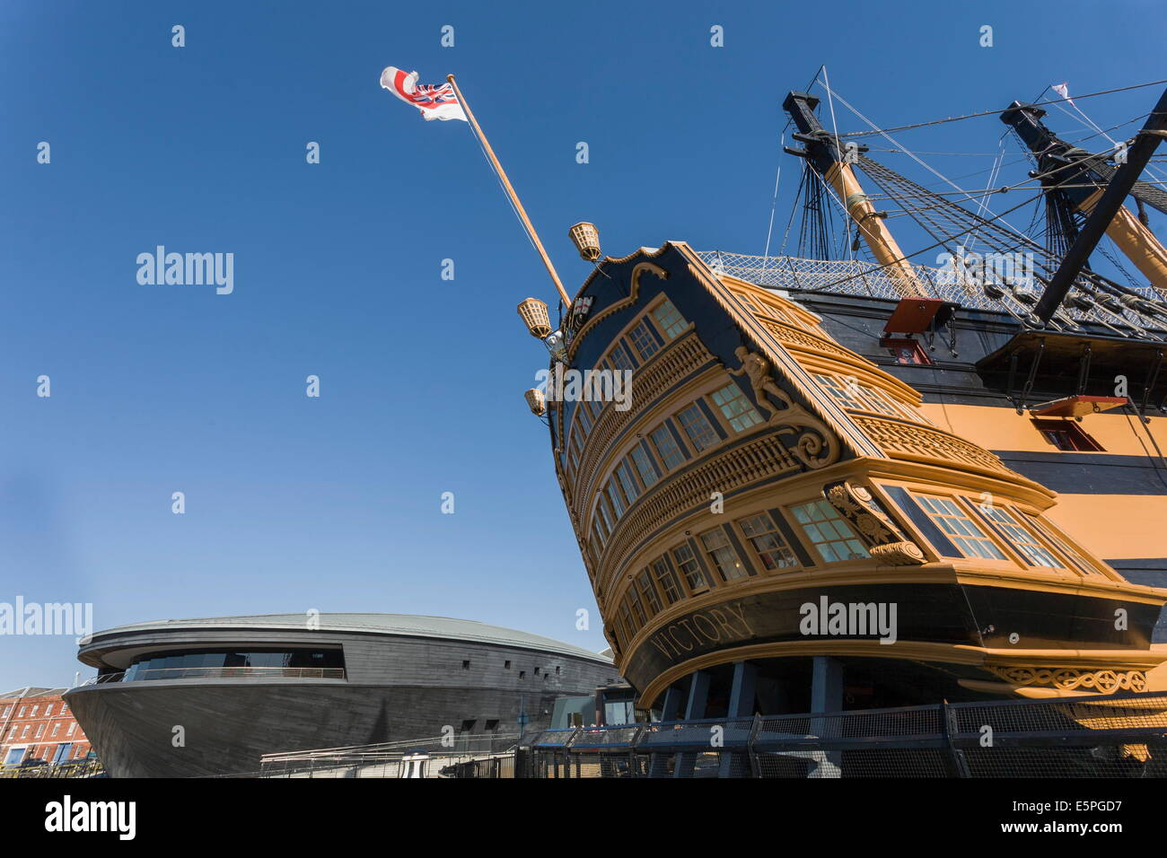 HMS Victory and the new Mary Rose Museum, HM Naval Base, Portsmouth Historic Dockyard, Portsmouth, Hampshire, England, - Stock Image