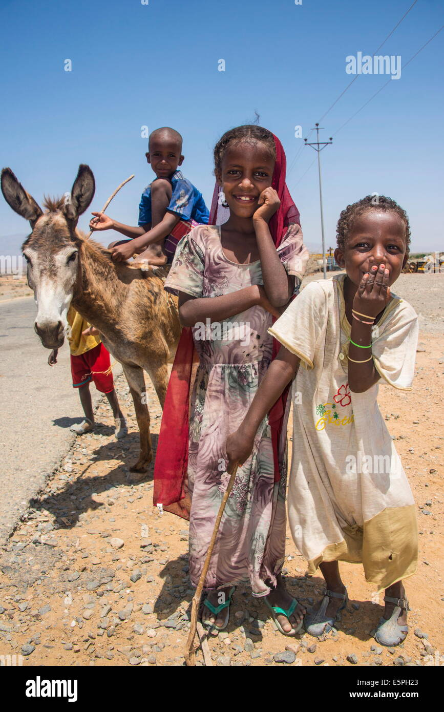 Happy young Bedouin children in the lowlands of Eritrea, Africa - Stock Image