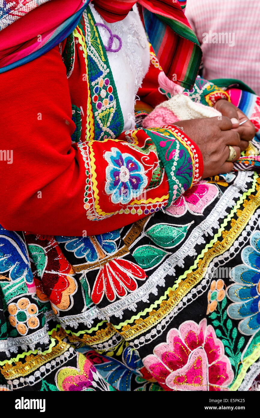 Detail of a traditional Quechua dress, Cuzco, Peru, South America - Stock Image