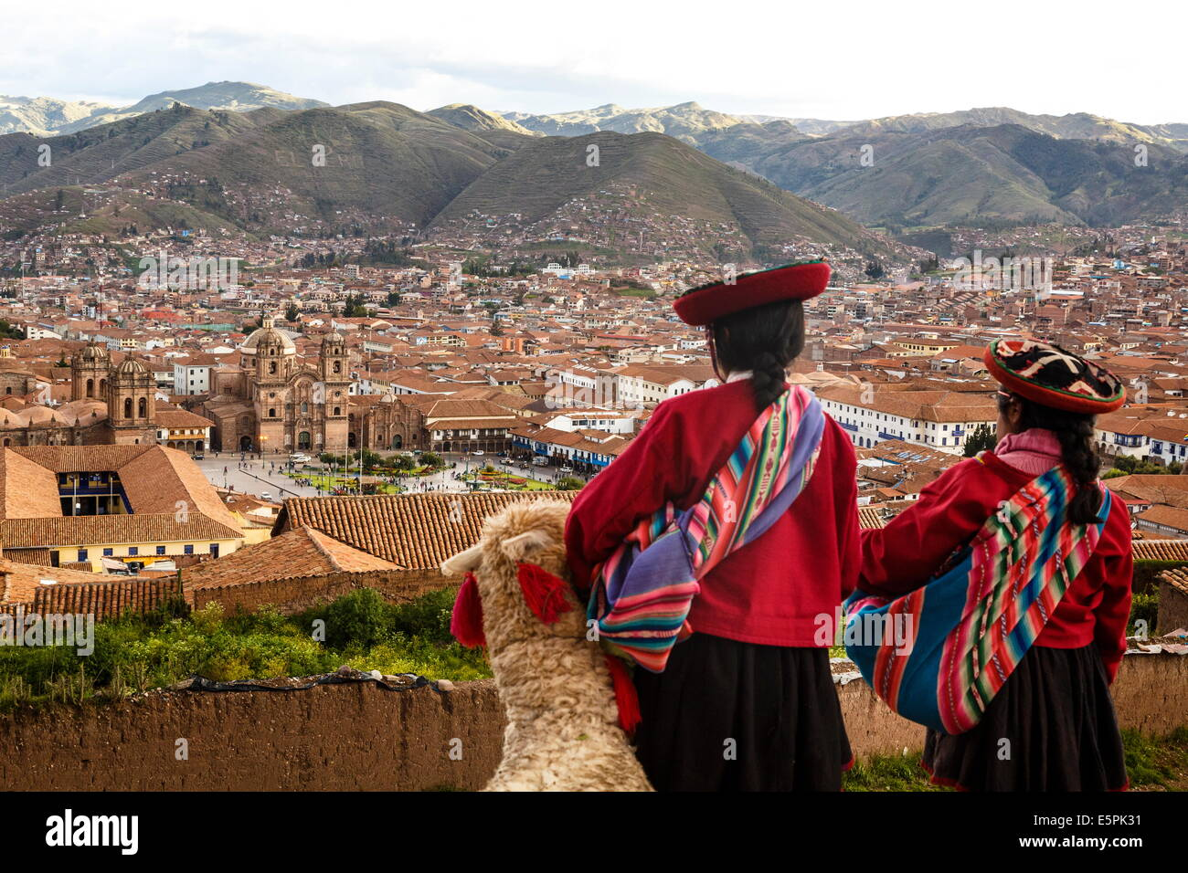Elevated view over Cuzco and Plaza de Armas, Cuzco, UNESCO World Heritage Site, Peru, South America - Stock Image