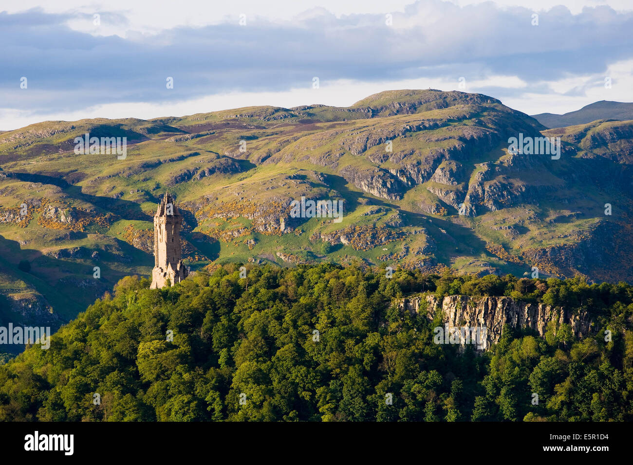 William Wallace Monument, Highlander heros from the 14th century, near Stirling, Scotland. - Stock Image