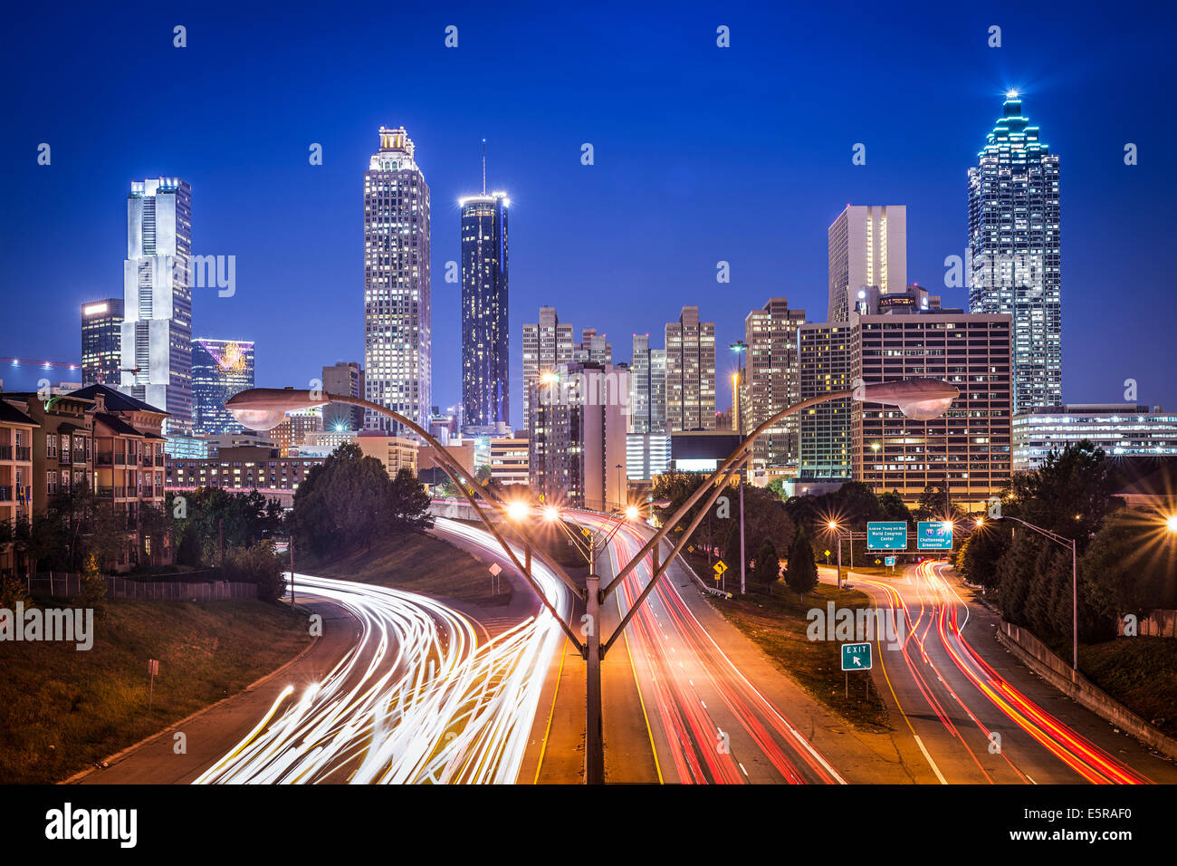 atlanta georgia usa skyline at night stock photo 72427908 alamy. Black Bedroom Furniture Sets. Home Design Ideas