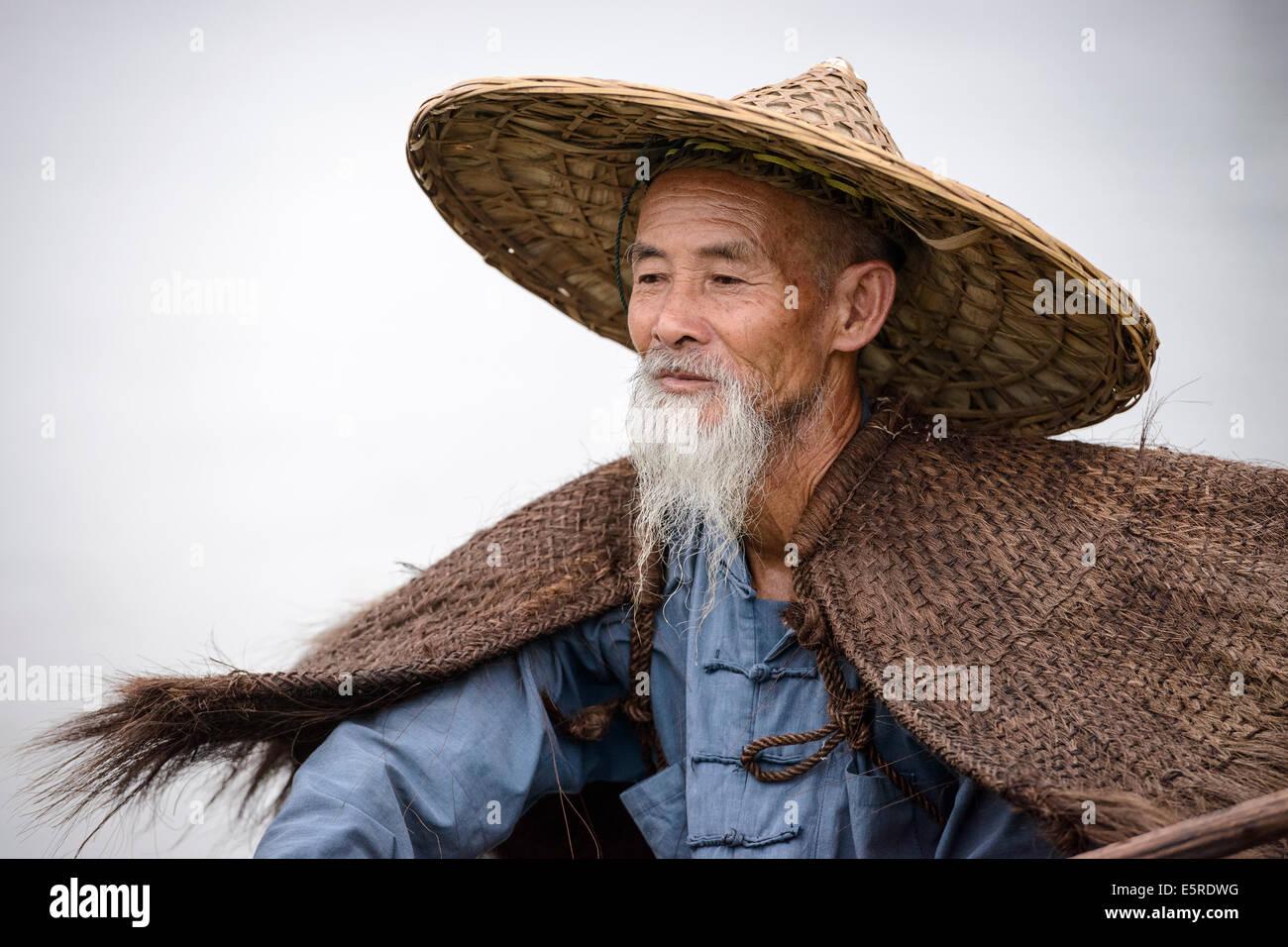 Cormorant fisherman in Yangshuo, Guangxi, China. - Stock Image