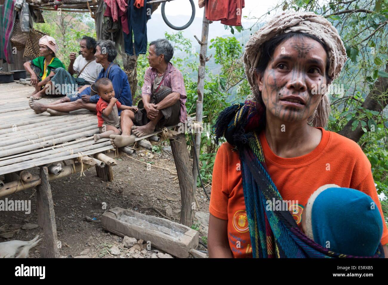 Funeral of 5-year old girl, Krai Do (Burmese: Kyar Hto) village, hills near Mindat, Chin State, Myanmar. - Stock Image