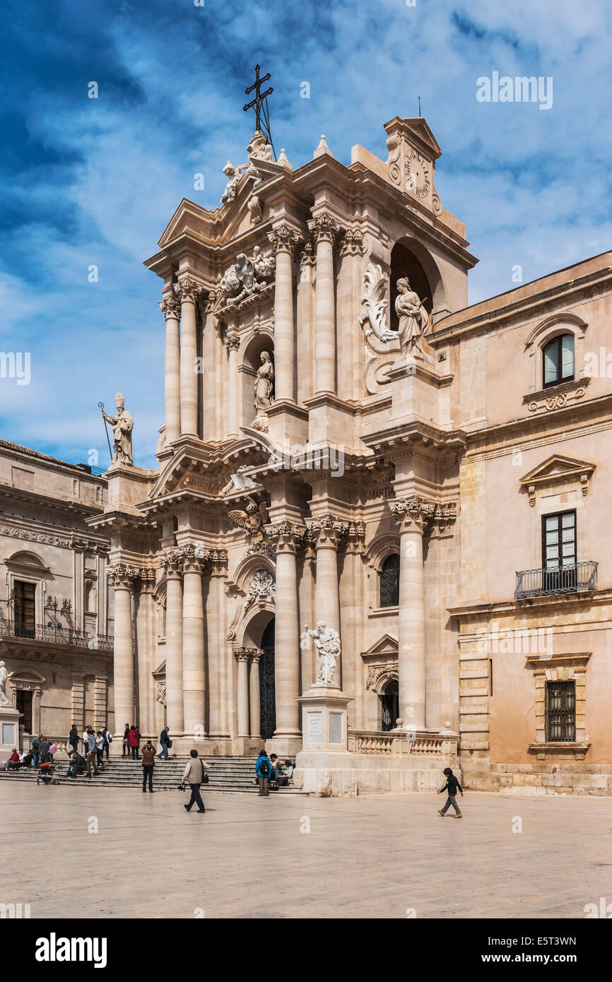 Piazza Duomo, Cathedral of Syracuse, Sicily, Italy, Europe - Stock Image
