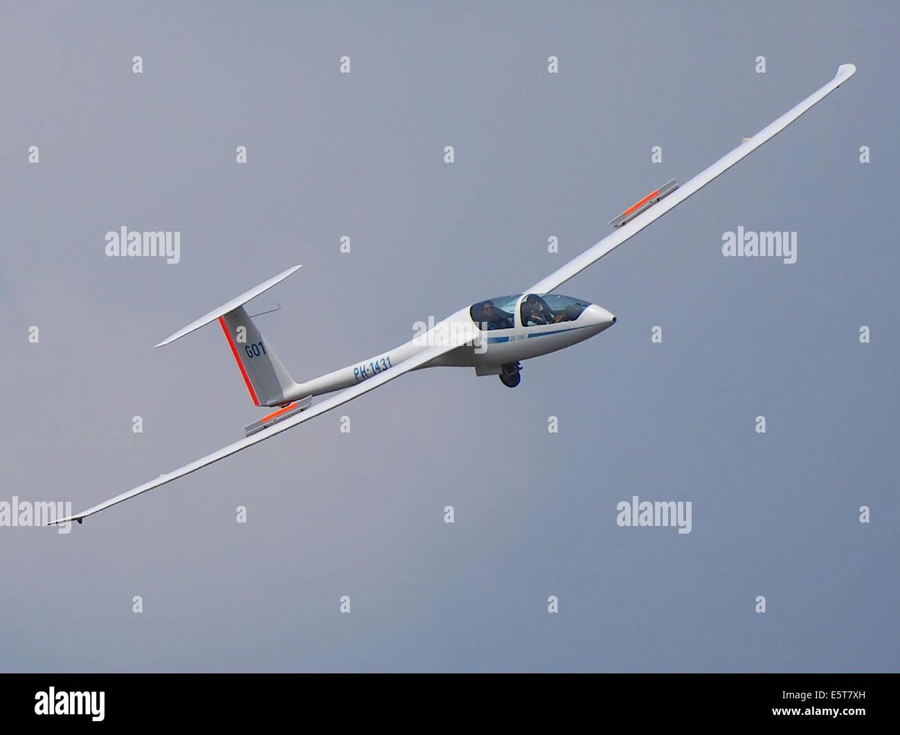 PH-1431 DG Flugzeugbau DG-1000S at Hilversum Airport (ICAO EHHV), photo1 - Stock Image