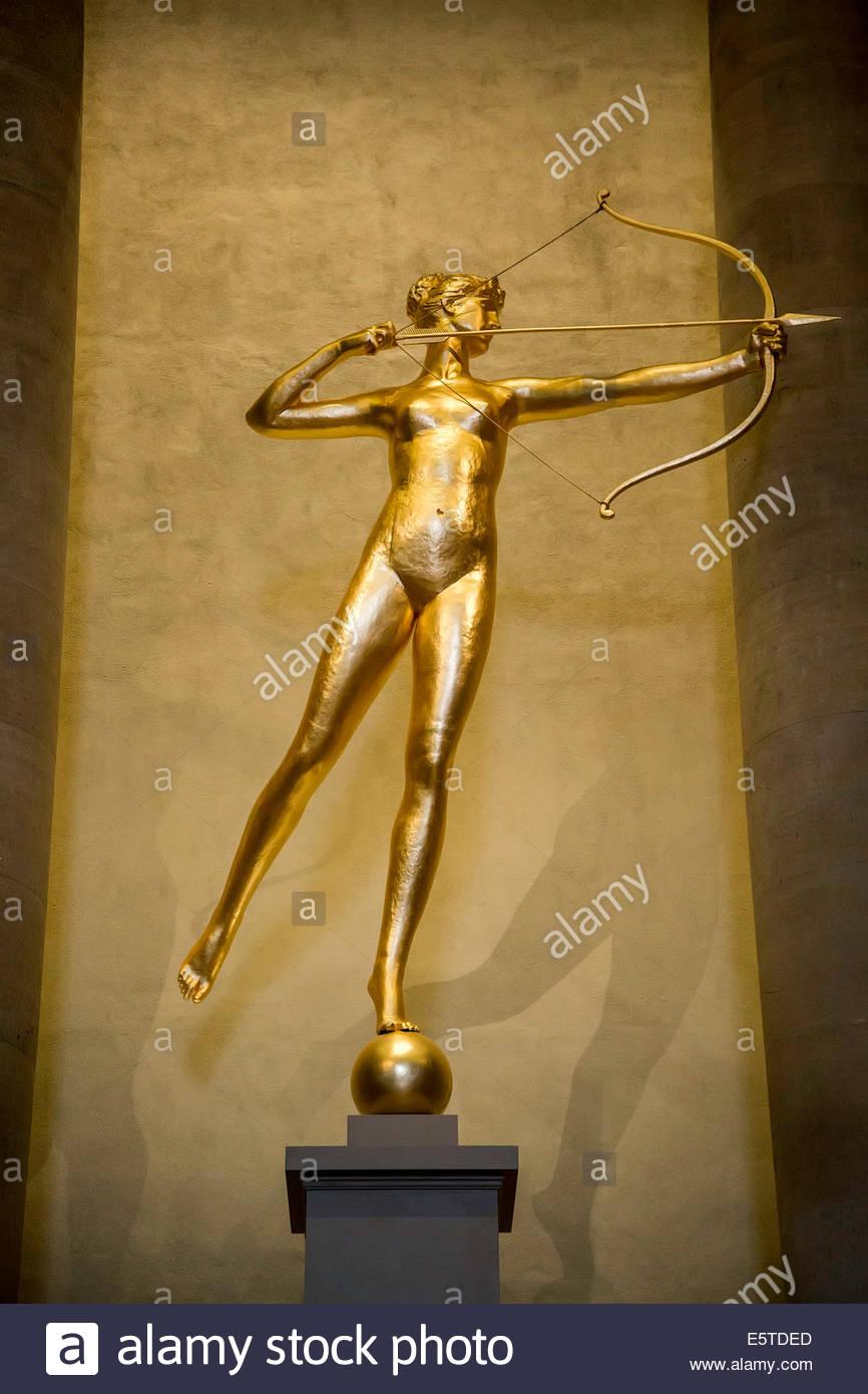 goddess of the hunt roman
