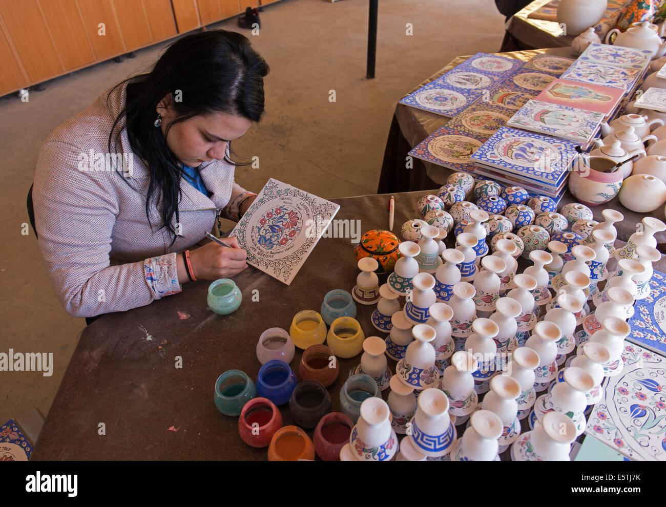 Ceramic artist in Selçuk Turkey - Stock Image