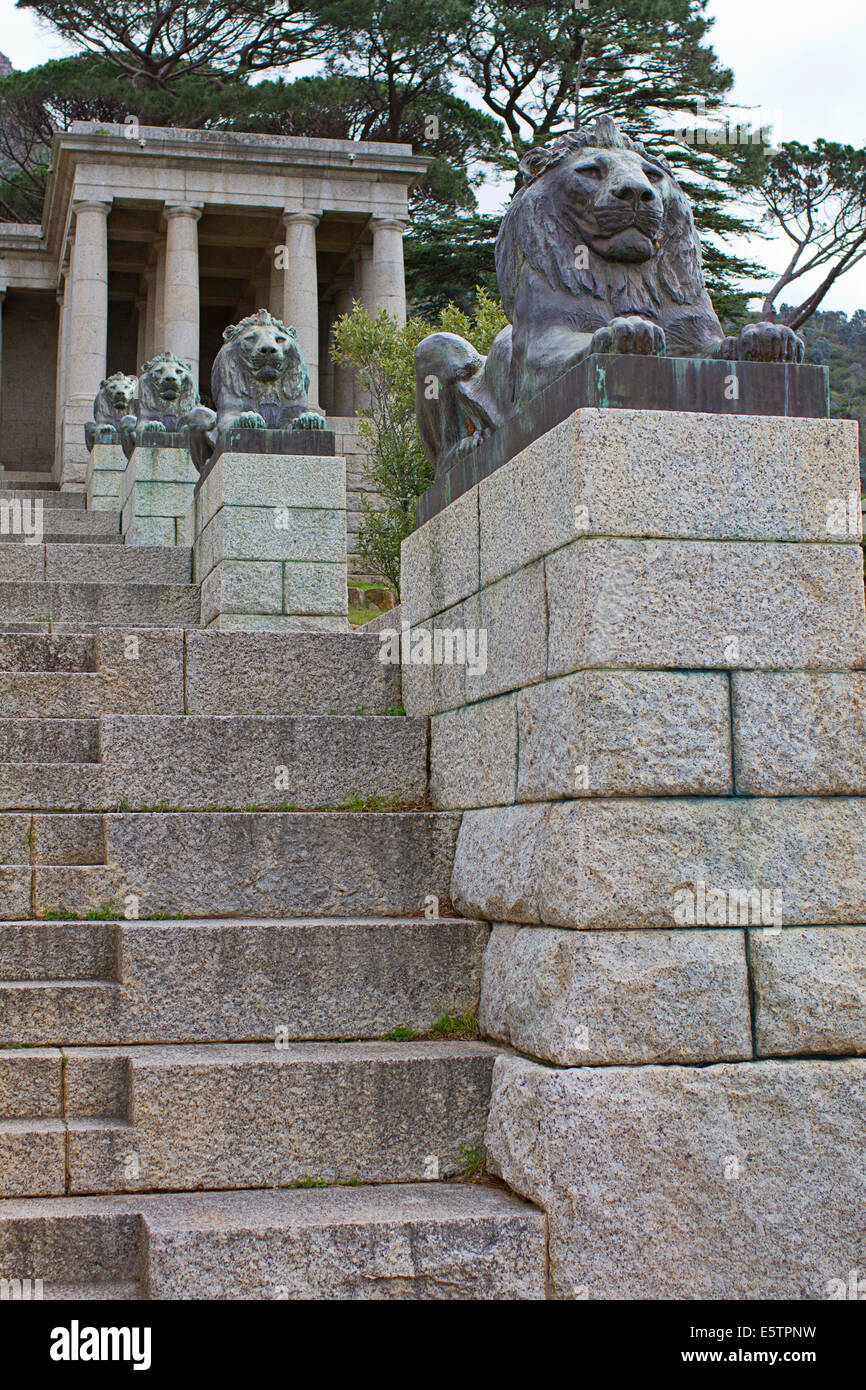 Stairs and lion statues at the Rhodes Memorial, Cape Town - Stock Image