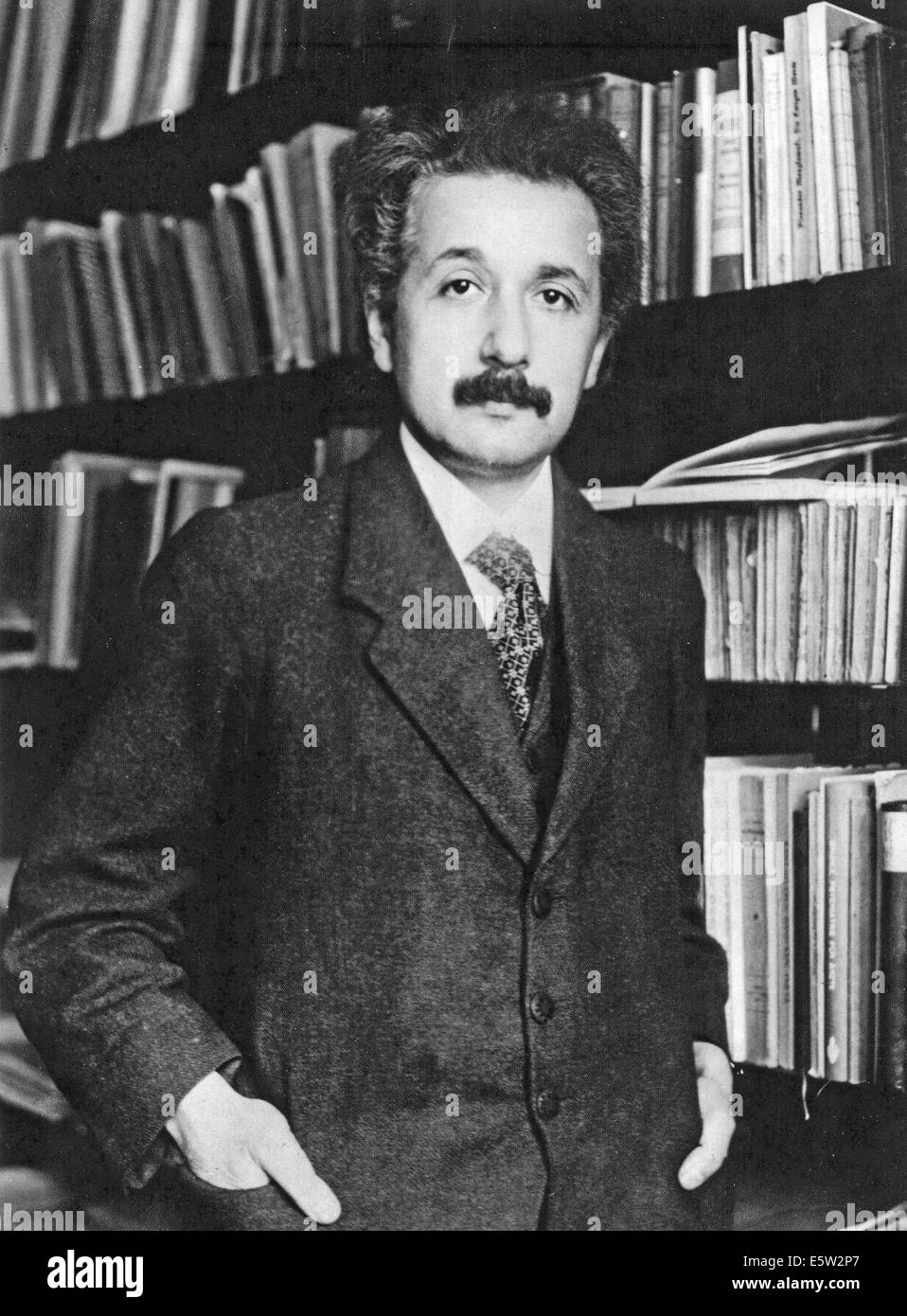ALBERT EINSTEIN (1879-1955) German-born theoretical physicist in 1905 - Stock Image