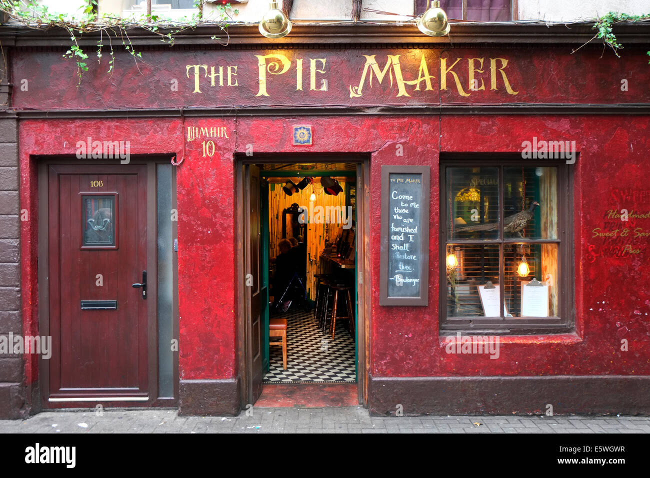 TRADITIONAL PIE SHOP FRONTAGE ,GALWAY,IRELAND - Stock Image
