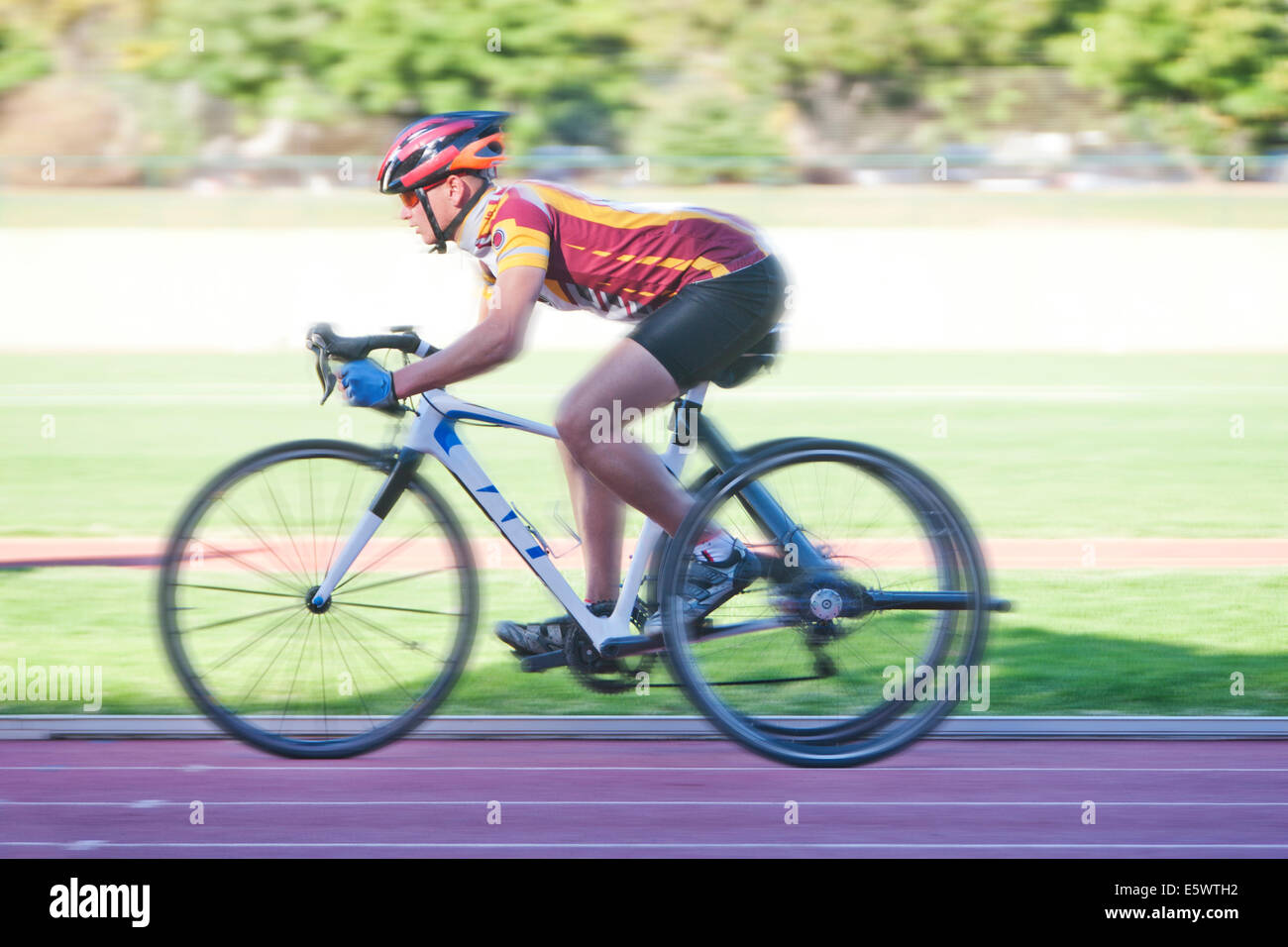 Cyclist in para-athletic training - Stock Image