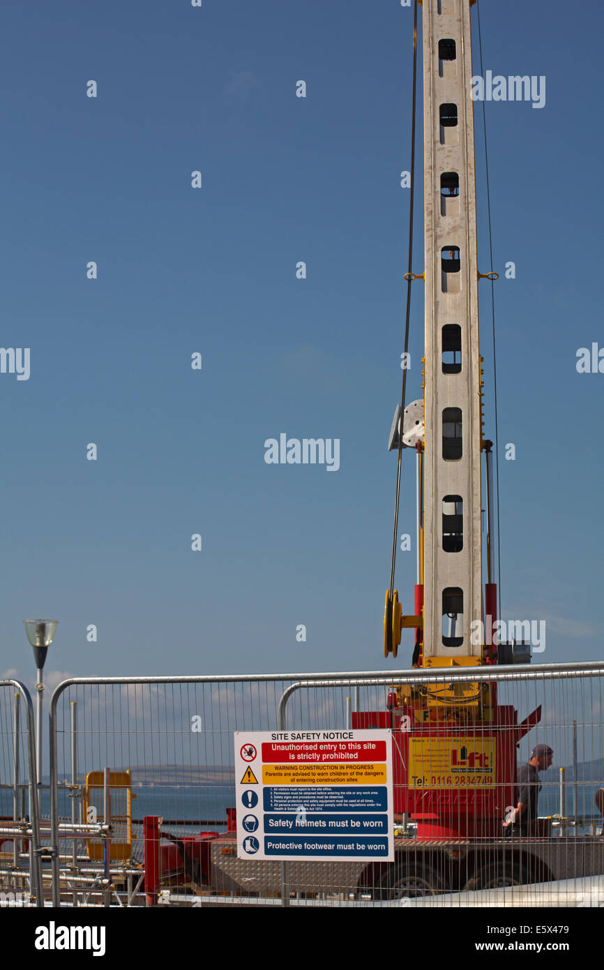Site Safety Notice on construction work for new Pierzip attraction at Bournemouth pier in August - Stock Image