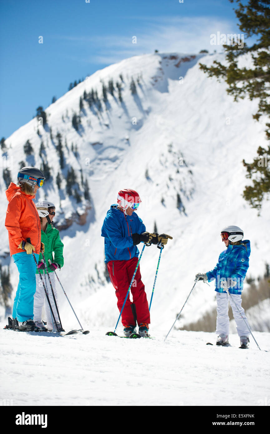 A family enjoys some time on the slopes at The Canyons Resort in Park City, Utah. - Stock Image