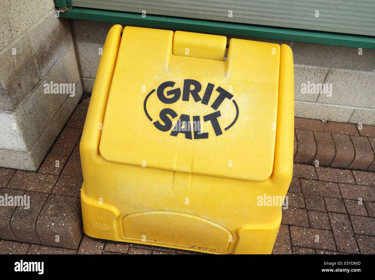 A Grit & Salt storage box, the contents will be used for footpaths and roads when covered with ice in the winter - Stock Image